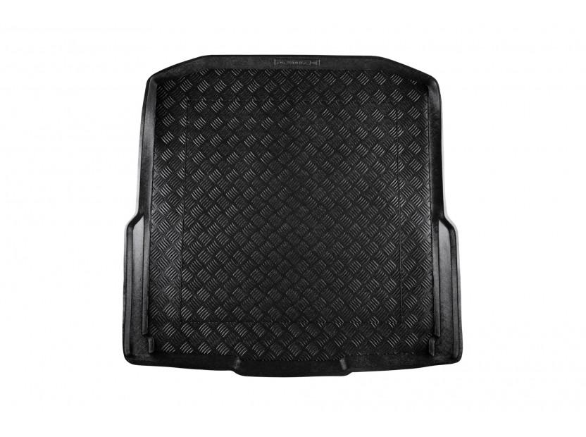 Полиетиленова стелка за багажник Rezaw-Plast за Skoda Octavia III комби след 2013 година