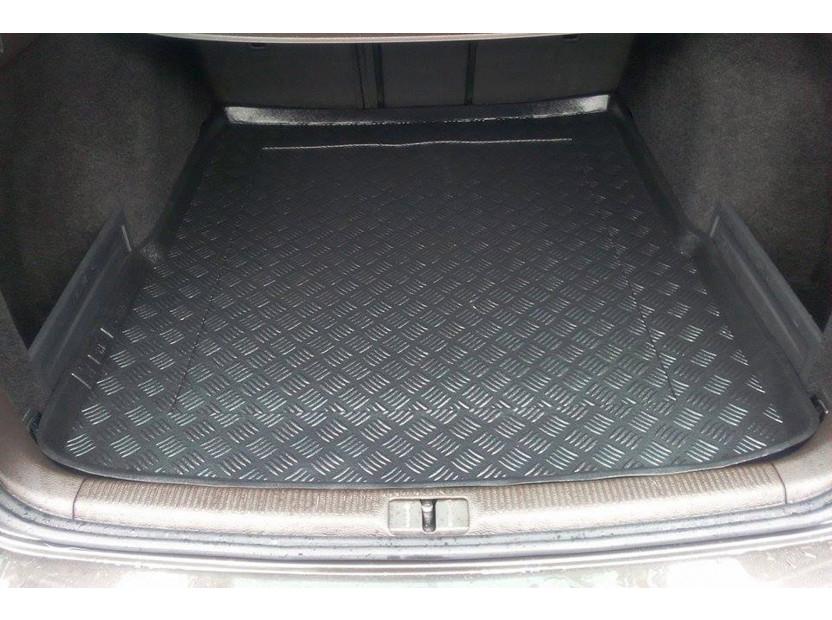Полиетиленова стелка за багажник Rezaw-Plast за Volkswagen Passat комби 03/2005-2010/Passat комби 2010-2014/Passat Altrack след 2012 година 4