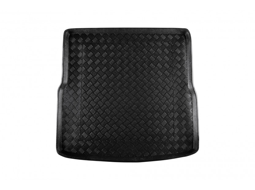 Полиетиленова стелка за багажник Rezaw-Plast съвместима с VW Golf V комби 2007-2009, Golf VI комби 2009-2013