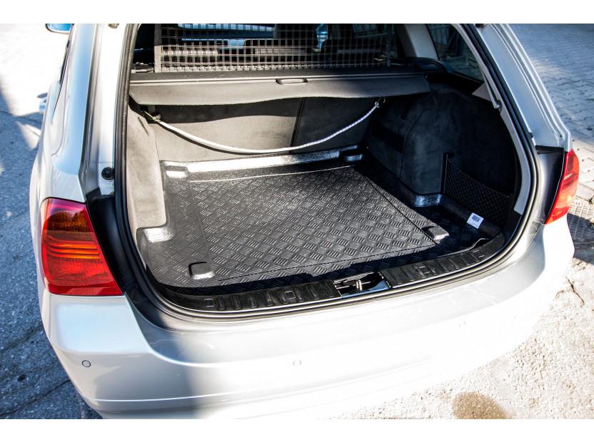 Полиетиленова стелка за багажник Rezaw-Plast съвместима с BMW серия 3 E91 комби 2005-2013 4