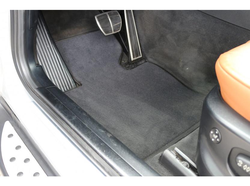 Мокетни стелки Petex съвместими с BMW X3 E83 2004-2010, 4 части, черни, материя Style, захват B184 2