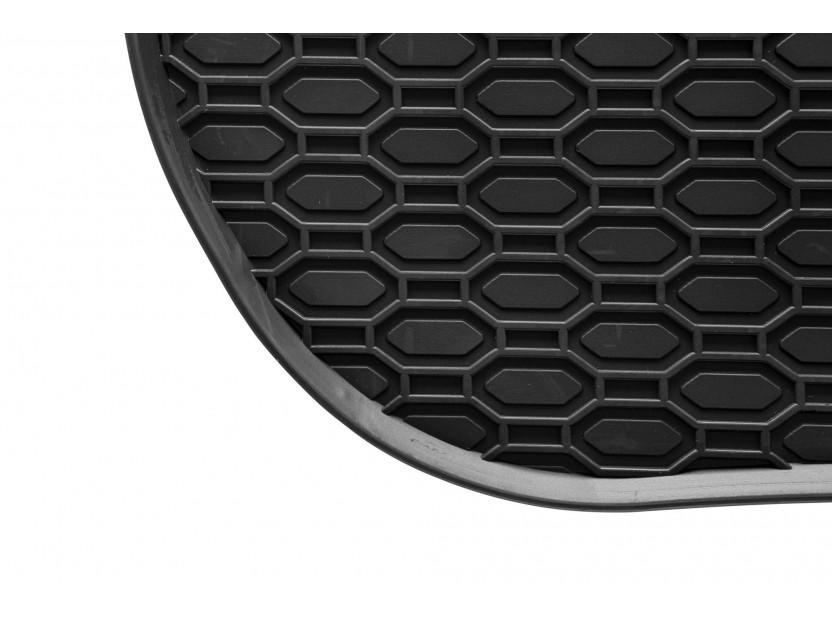 Гумени стелки Geyer & Hosaja за Audi A4 B6 сенда/avant/Allroad 2000-2004/A4 B7 седан/avant 2004-2008/Seat Exeo 2008-2013 4 части черни 4