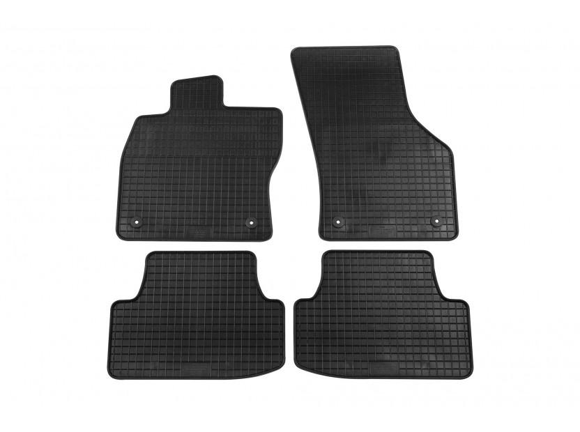 Гумени стелки Petex за VW Golf VII хечбек, комби, Alltrack 2012-2019, Golf VIII след 2019 година 4 части черни (B014)