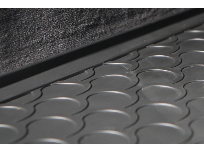 Гумена стелка за багажник Gledring за VW T-roc след 2017 година в горно положение на багажника 4