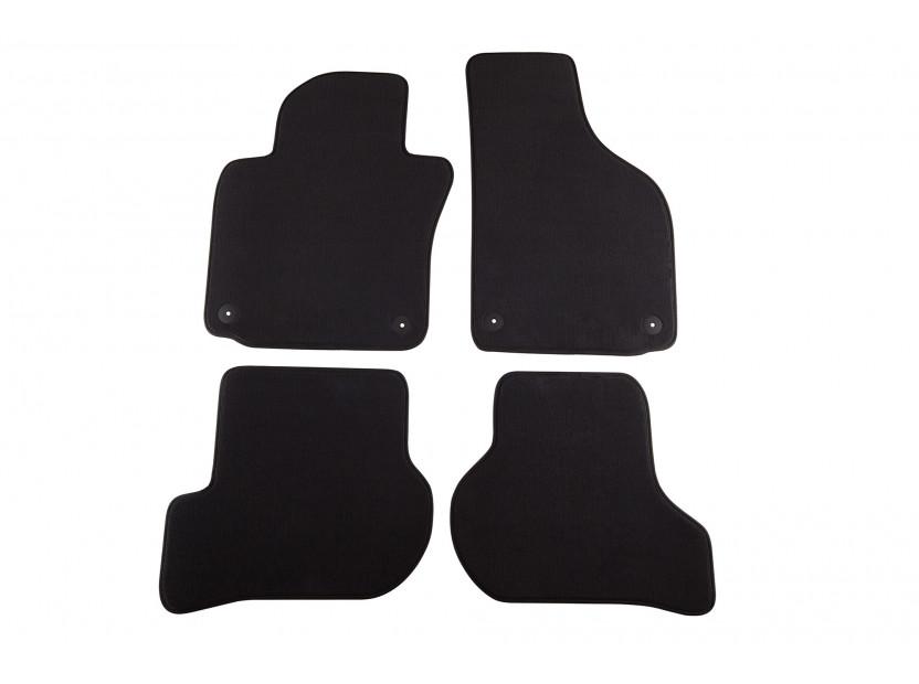 Мокетни стелки Petex съвместими с Skoda Octavia седан, комби 2008-2013, 4 части, черни, материя Style, захват B01A4