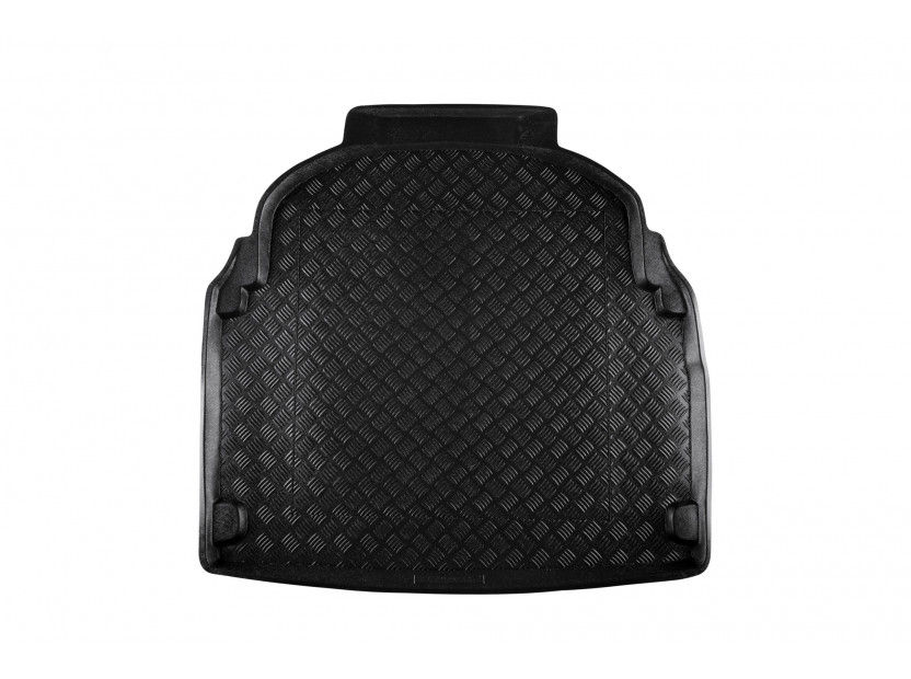 Rezaw-Plast Polyethylene Trunk Mat for Mercedes E class W212 sedan after 2009 with plastic cover behind the rear seats
