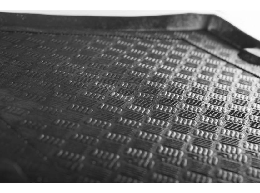 Rezaw-Plast Polyethylene Trunk Mat for Mercedes E class W212 sedan after 2009 with plastic cover behind the rear seats 3