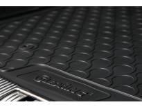 Гумена стелка за багажник Gledring за Skoda Superb комби след 2015 година в горно положение на багажника